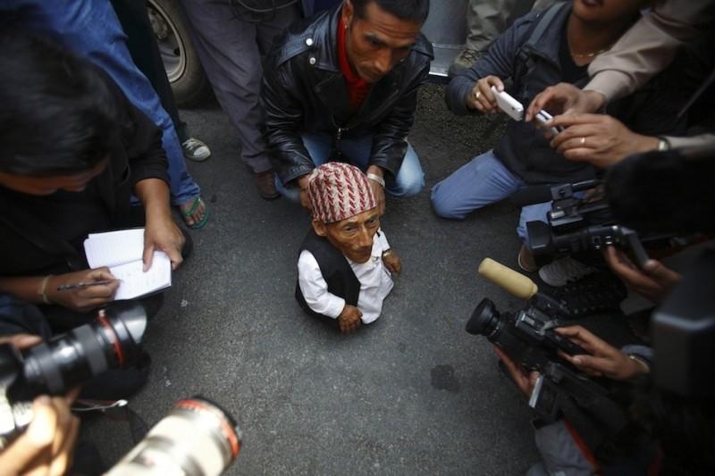 enhancet 800x533 Самый маленький человек найден в непальской деревне