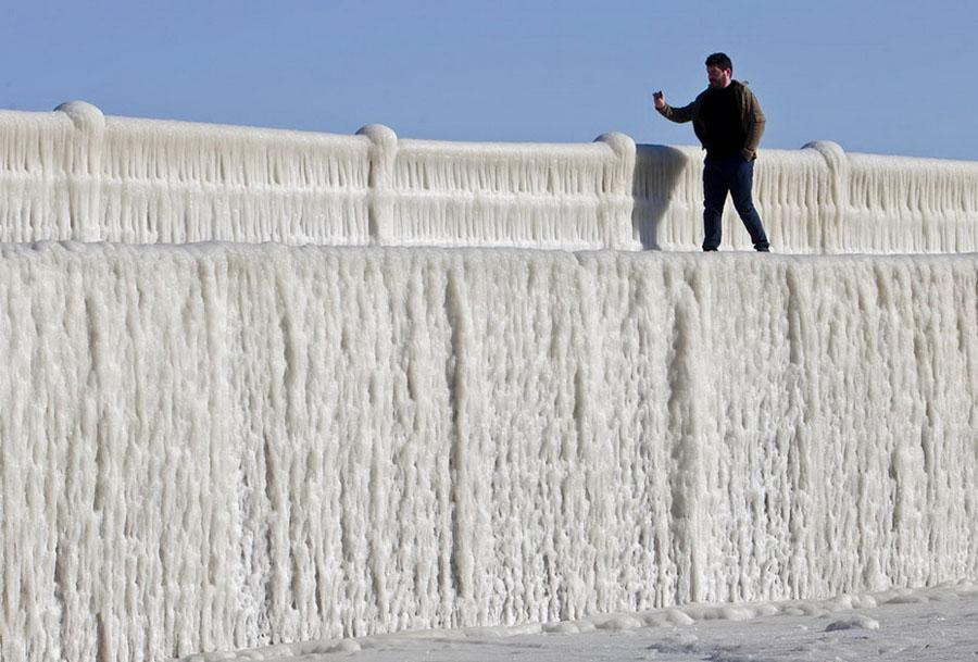 freeze06 Черное море впервые за 30 лет покрылось льдом