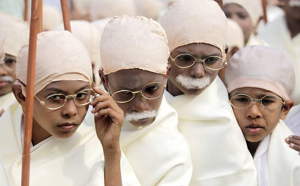 gandi08 В Калькутте состоялся марш маленьких Ганди