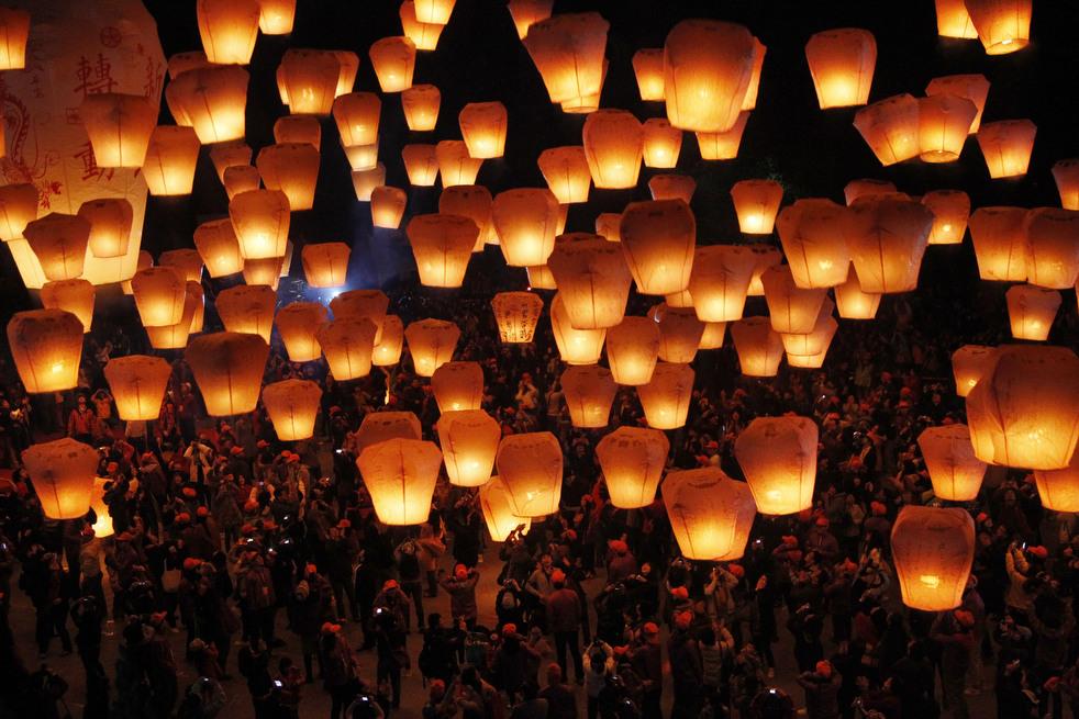 lantern festival 2012 27 Фестиваль фонариков