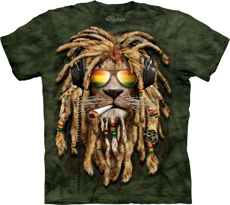 Великолепная футболка с полноцветной печатью по всей поверхности.