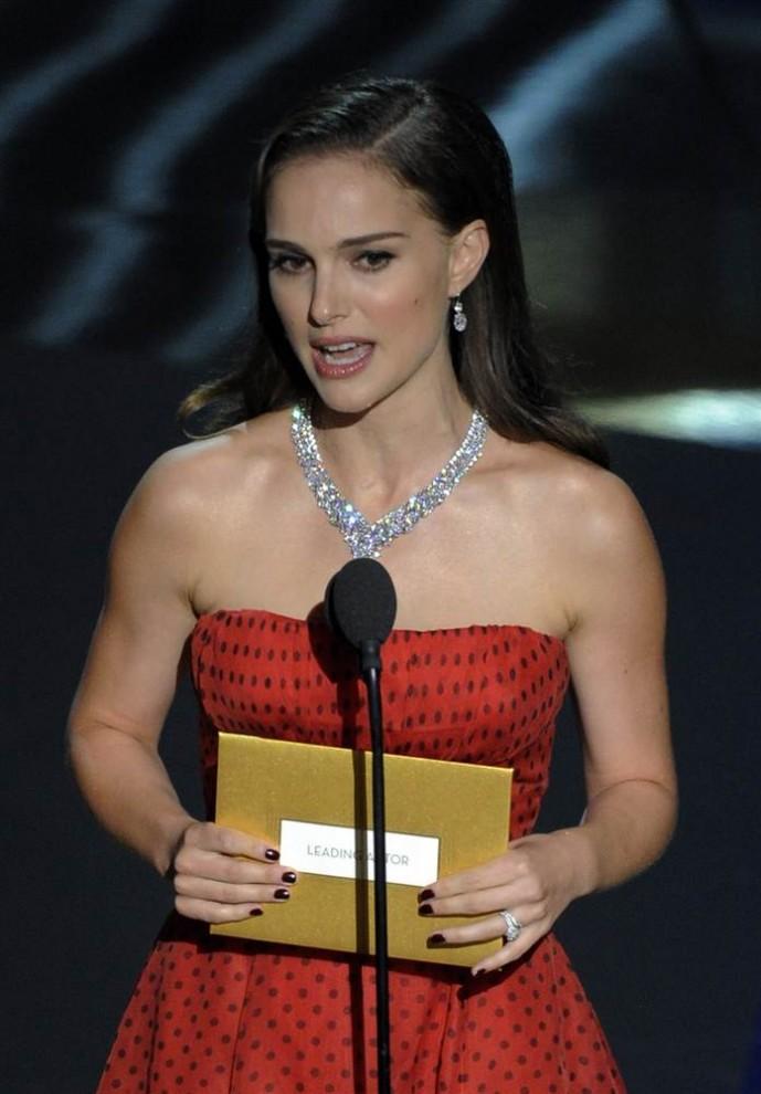 oscar201215 689x990 Церемония вручения премии американской киноакадемии Оскар 2012
