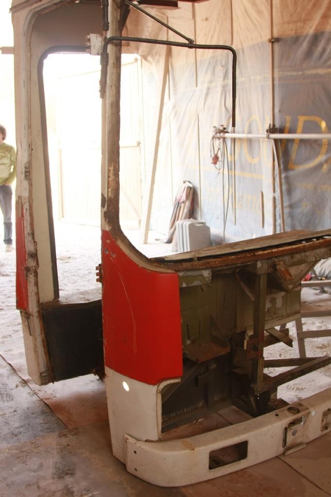 rabochee mesto iz starogo ikarusa 03 Удивительное рабочее место из старого Икаруса