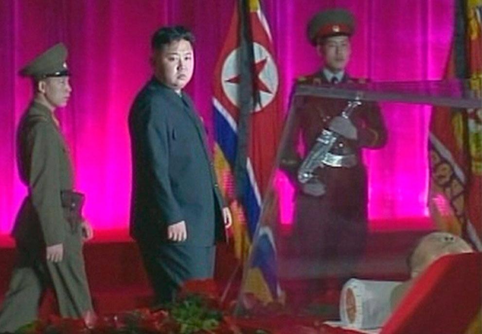 s k06 RTR2VH1O Ким Чен Ын   по стопам отца