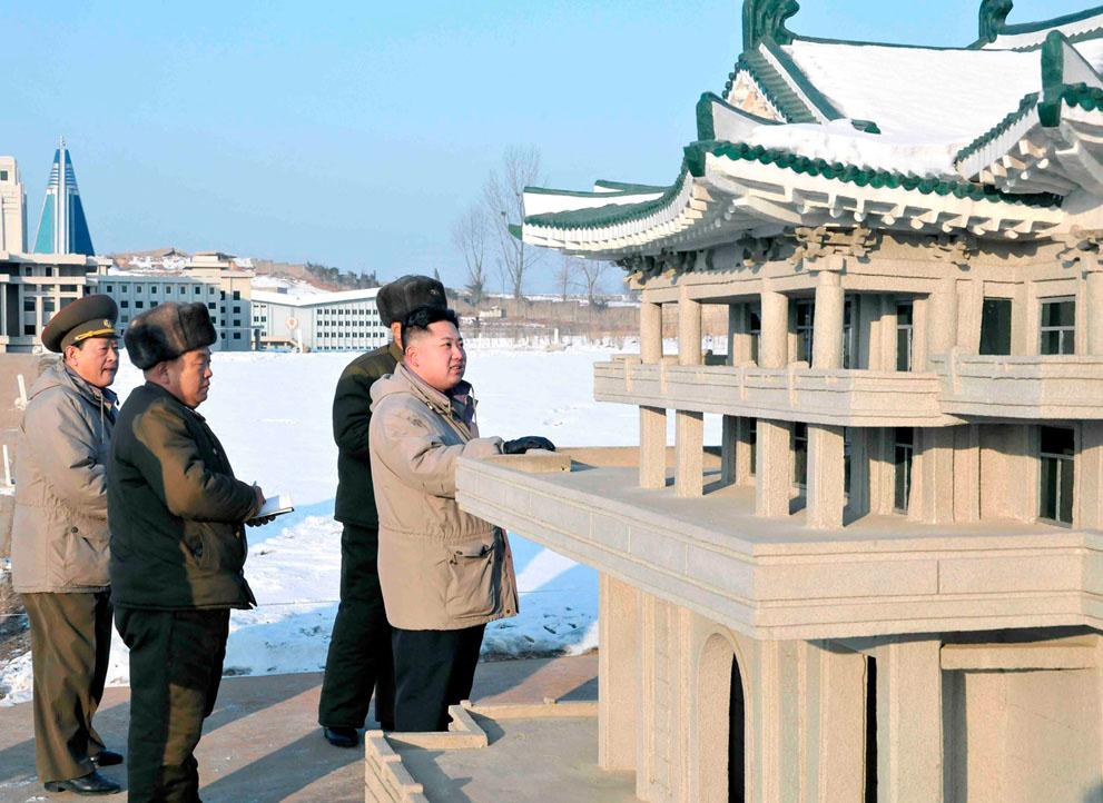 s k25 RTR2W5HT Ким Чен Ын   по стопам отца