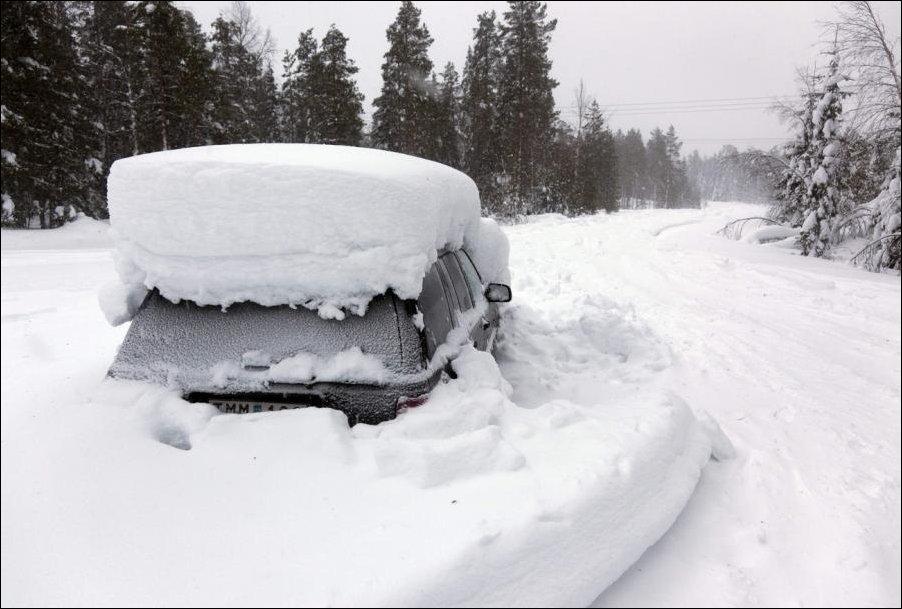 tVrq9yOy Швед выжил после 2 месяцев, проведенных в заваленной снегом машине