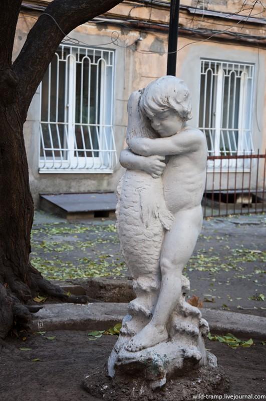 034 531x800 Прогулки по Одессе: парадные, не парадные и другое...