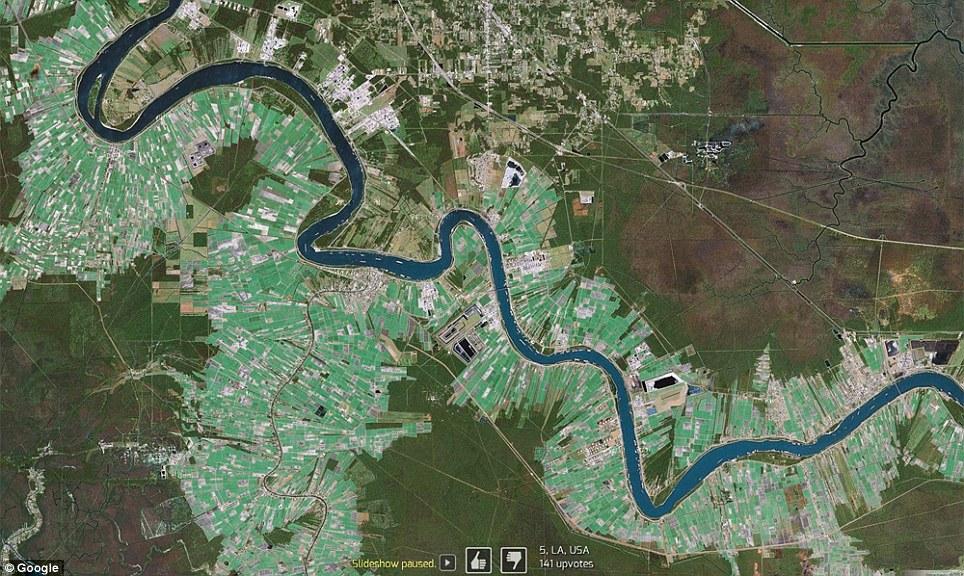 0 7f574  Топ 10 удивительных снимков с Google Earth