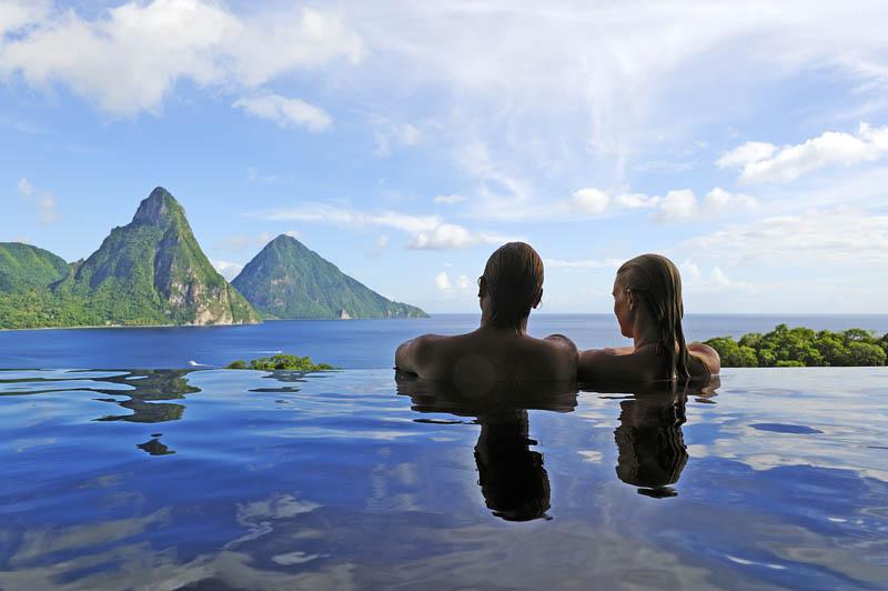 10142 Курорт Джейд Маунтин в Сент Люсии: инфинити бассейн в каждом номере