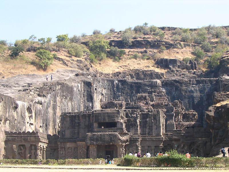 1019 Эллора пещерные храмы Индии