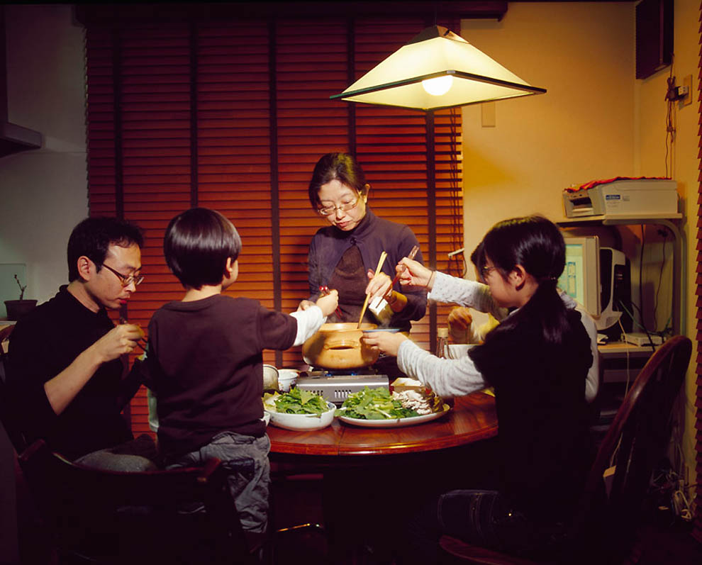 1075 Жизнь современных японцев в фотопроекте «Куда мы отсюда движемся?»