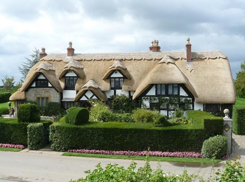 1102 Соломенные крыши английской провинции