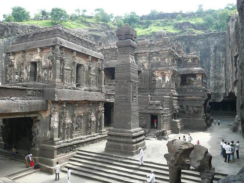 1103 Эллора пещерные храмы Индии