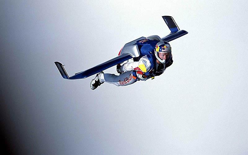 11124 Феликс Баумгартнер готовится к прыжку из космоса