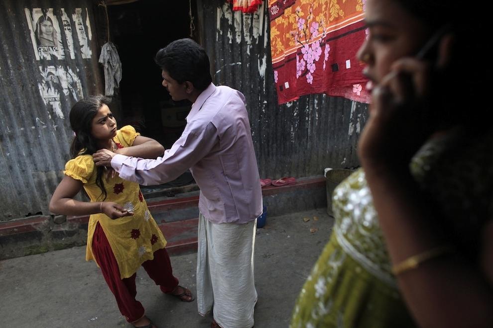 11139 Малолетние проститутки Бангладеш