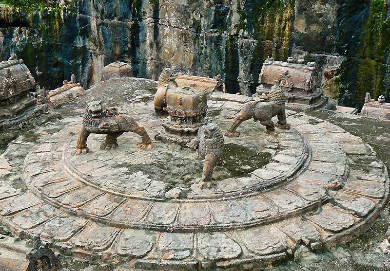 1124 Эллора   пещерные храмы Индии