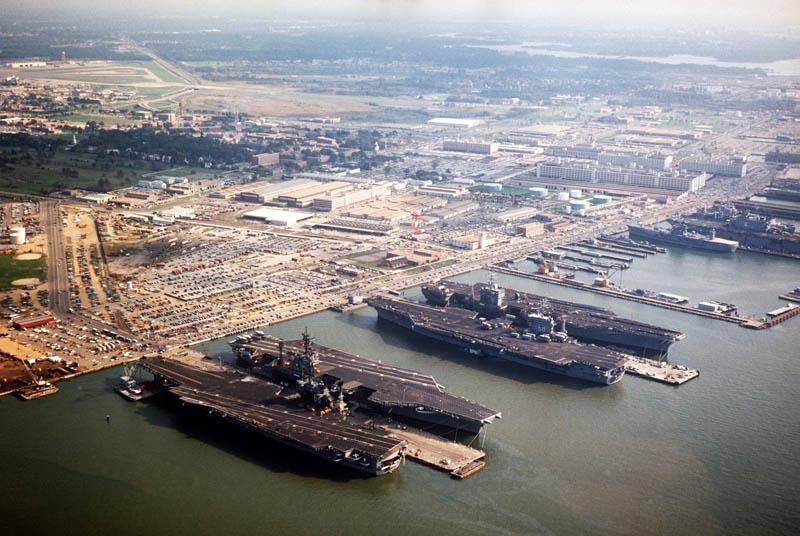 1143 16 баз ВВС и флота США
