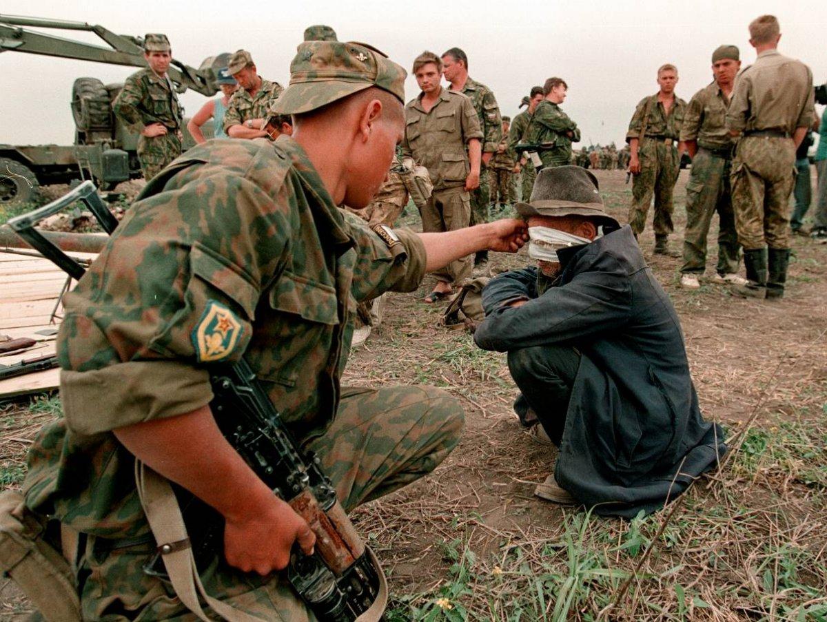 1275678F Первая Чеченская война в фотографиях Александра Неменова
