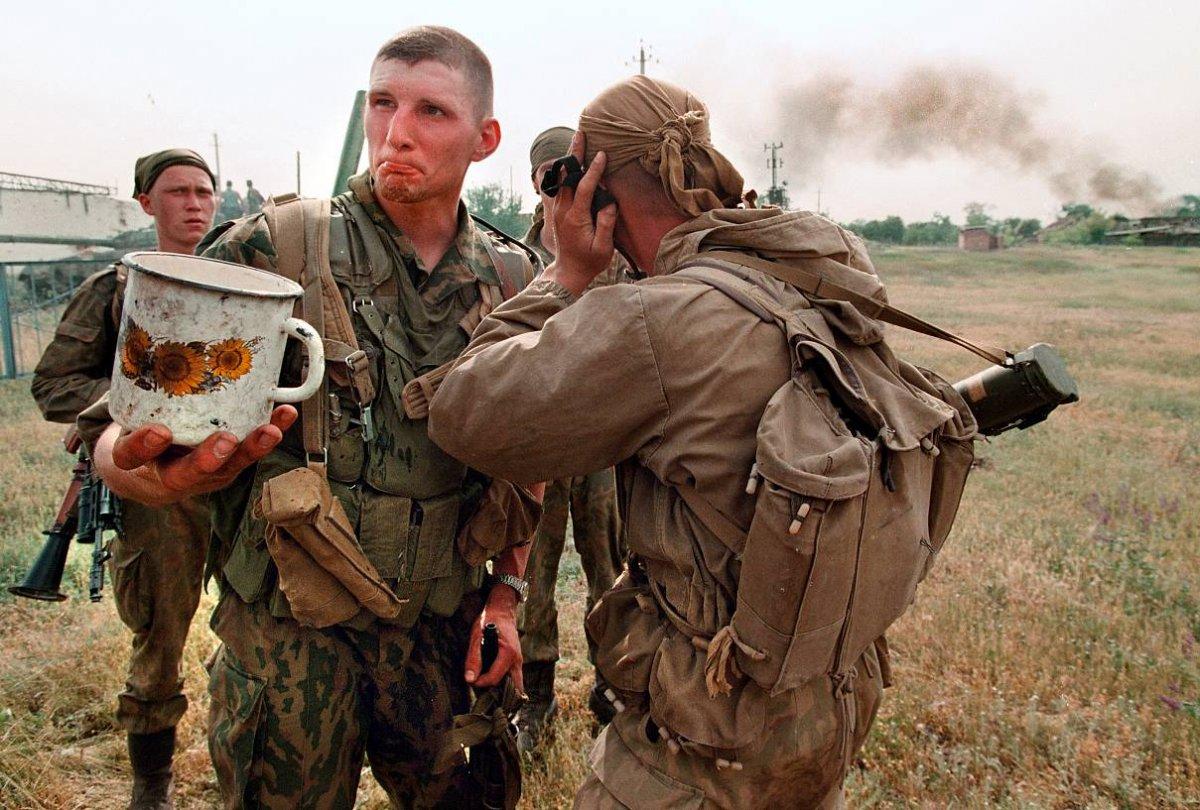 1275678G Первая Чеченская война в фотографиях Александра Неменова