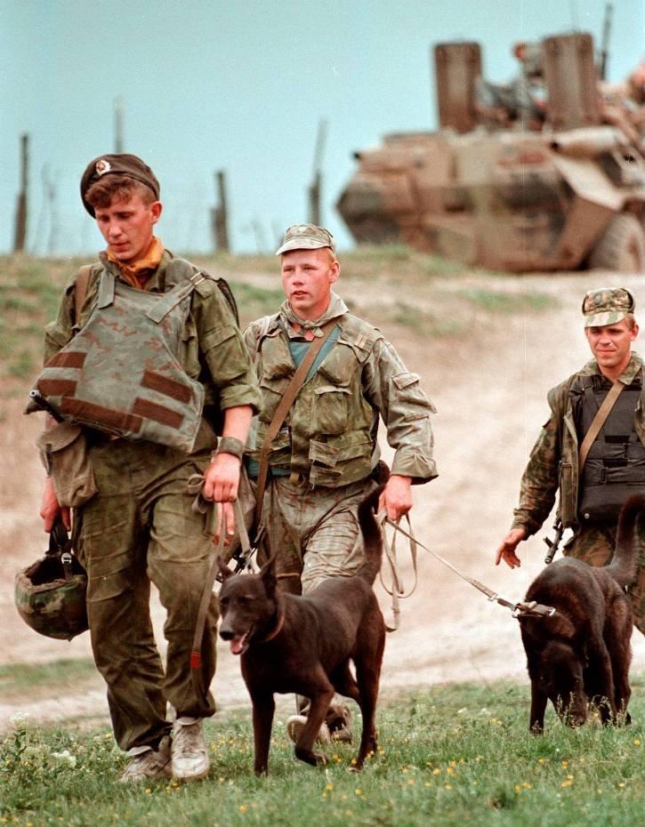 1275678I Первая Чеченская война в фотографиях Александра Неменова