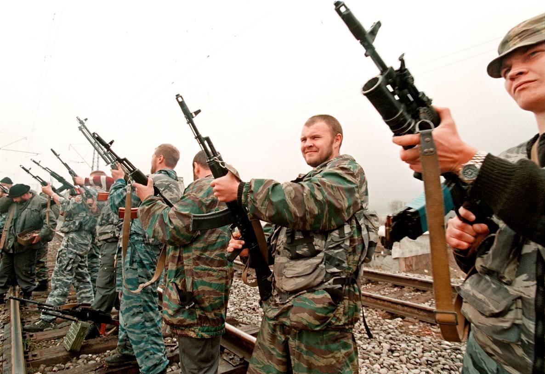1275678J Первая Чеченская война в фотографиях Александра Неменова