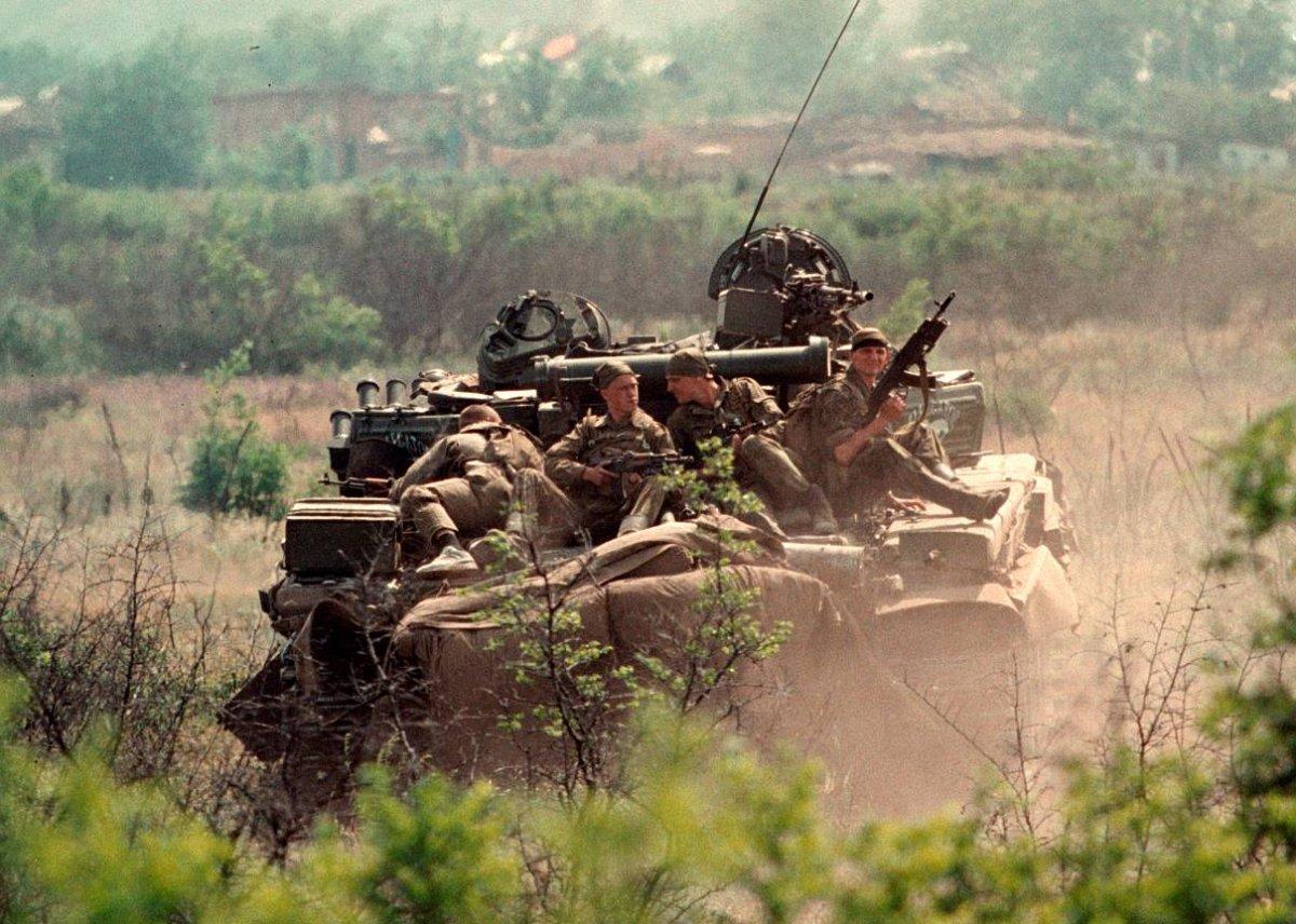 1275678S Первая Чеченская война в фотографиях Александра Неменова