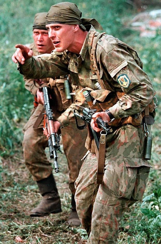 1275678T Первая Чеченская война в фотографиях Александра Неменова
