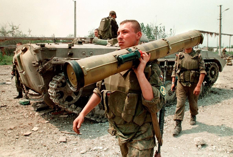 1275678X Первая Чеченская война в фотографиях Александра Неменова