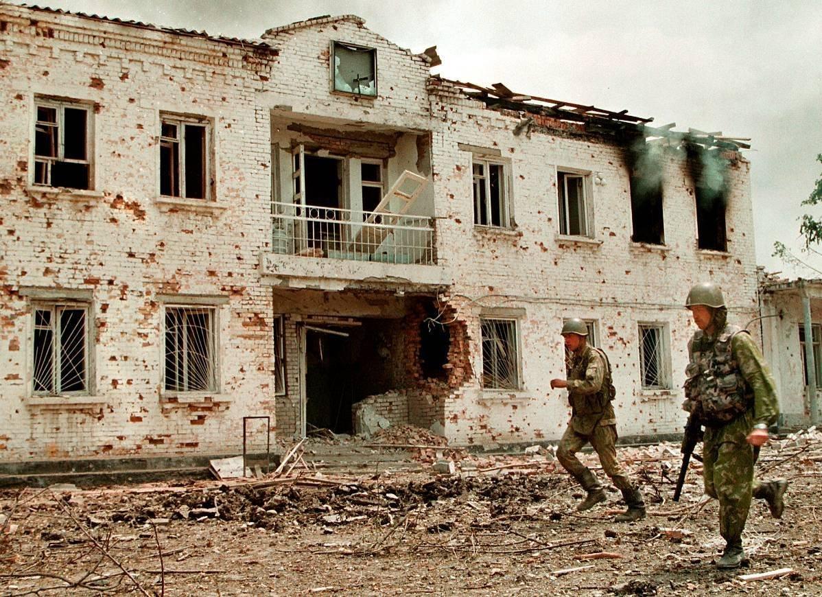 1275679J Первая Чеченская война в фотографиях Александра Неменова