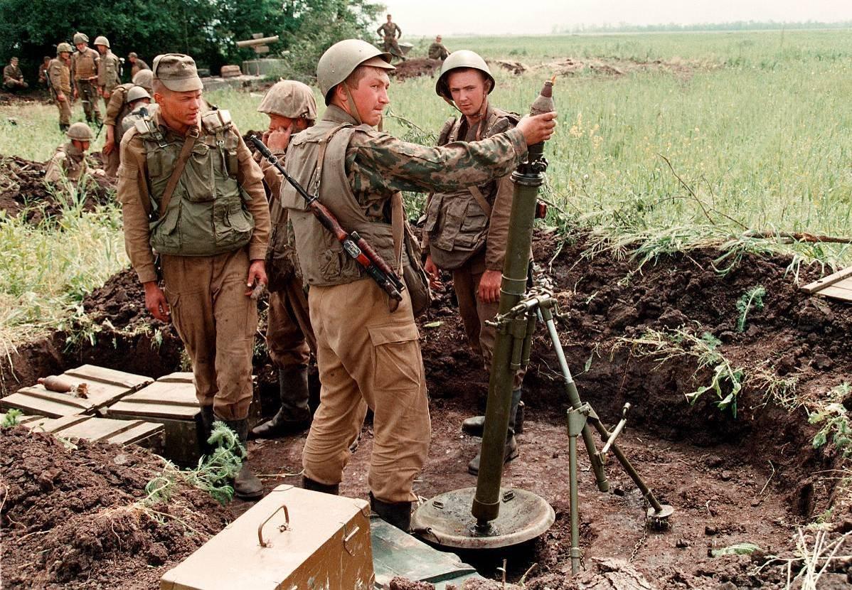 1275679L Первая Чеченская война в фотографиях Александра Неменова