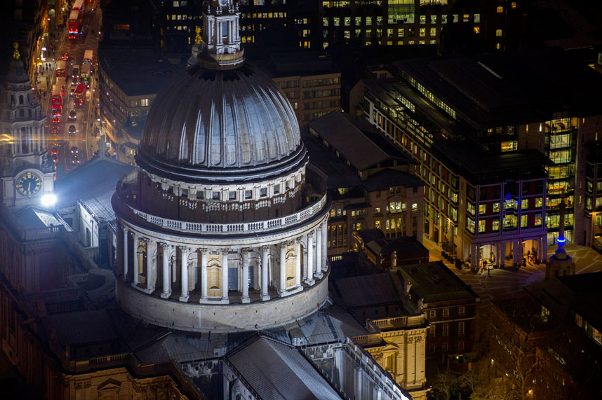 1373 Энергопотребляющий Лондон с высоты птичьего полета