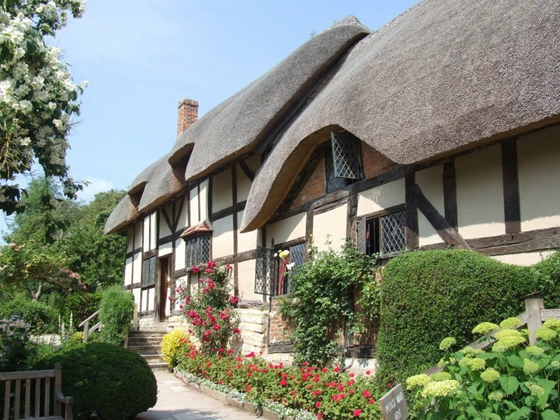 1414 Соломенные крыши английской провинции