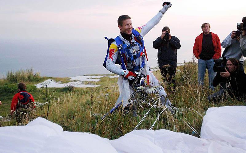1471 Феликс Баумгартнер готовится к прыжку из космоса