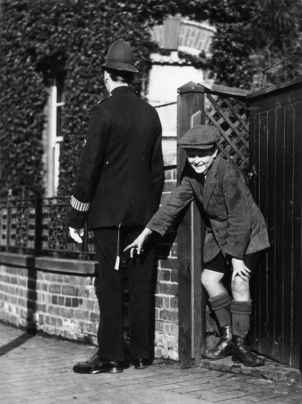 15125警察は、1930年には1890年である