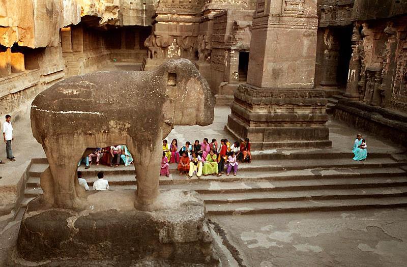 1515 Эллора   пещерные храмы Индии