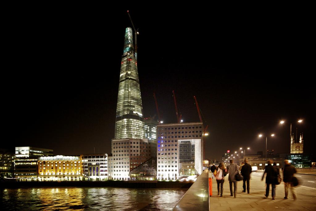 1534 Строительство небоскреба Shard London Bridge