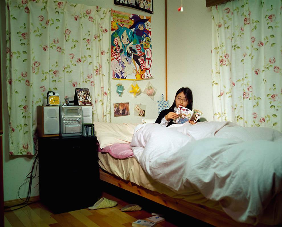 1554 Жизнь современных японцев в фотопроекте «Куда мы отсюда движемся?»