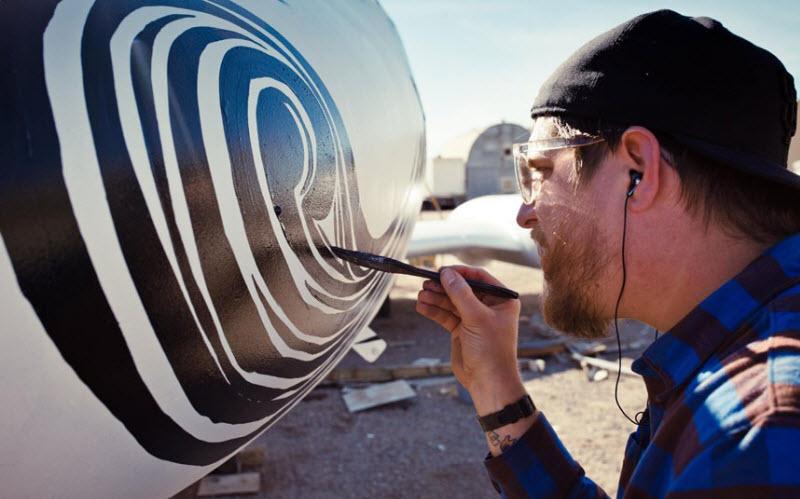 1558 Проект Boneyard – уличные художники расписали граффити списанные военные самолеты