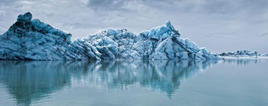 1669 Голубые айсберги и ледники Исландии