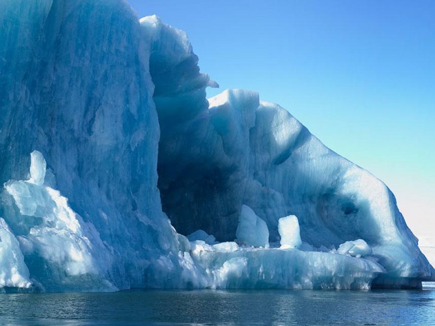 1764 Голубые айсберги и ледники Исландии