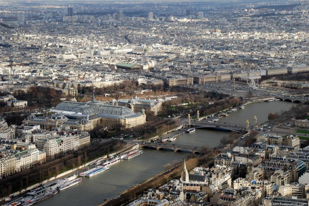 1856 Как выглядит Париж с Эйфелевой башни?