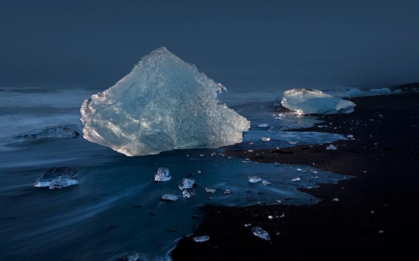 1860 Голубые айсберги и ледники Исландии