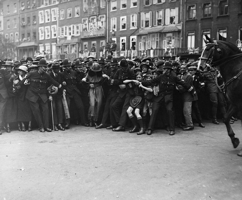 1991 Полицейские, 1890 е   1930 е.