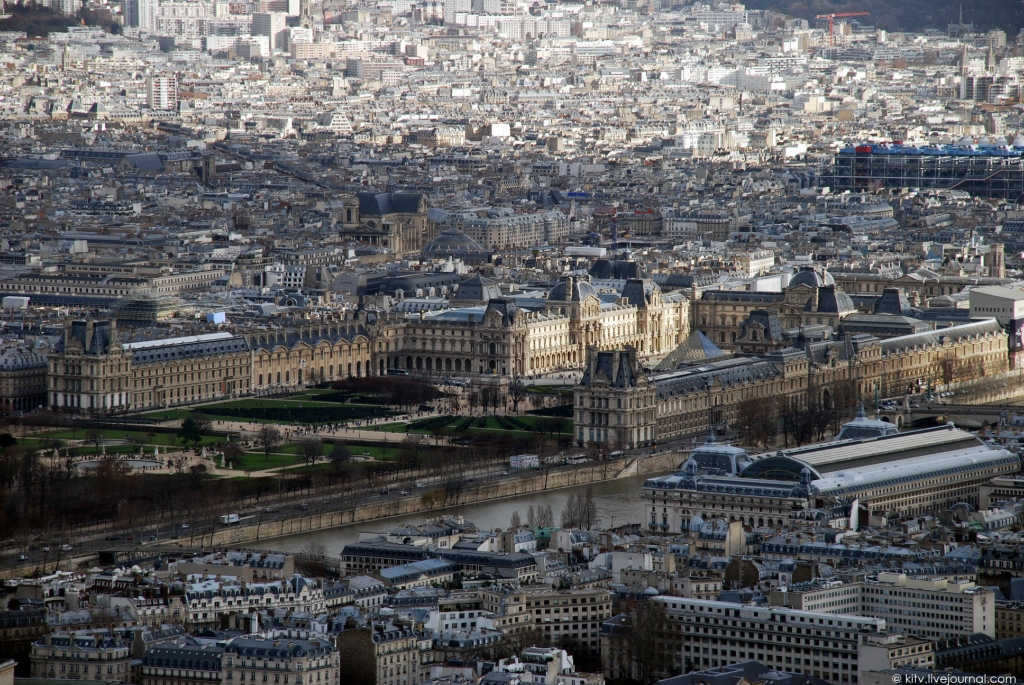 2053 Как выглядит Париж с Эйфелевой башни?