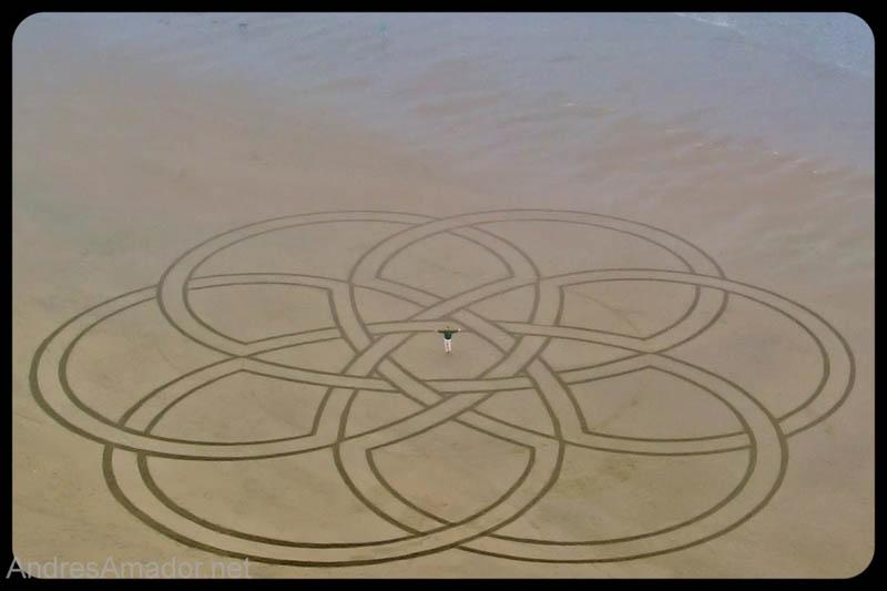 2073 Шедевры из песка Андреса Амадора