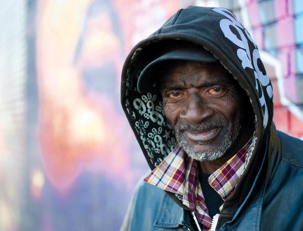 2105 Истории наркозависимых в южном Бронксе (Часть 1)