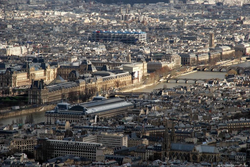 21102 Как выглядит Париж с Эйфелевой башни?