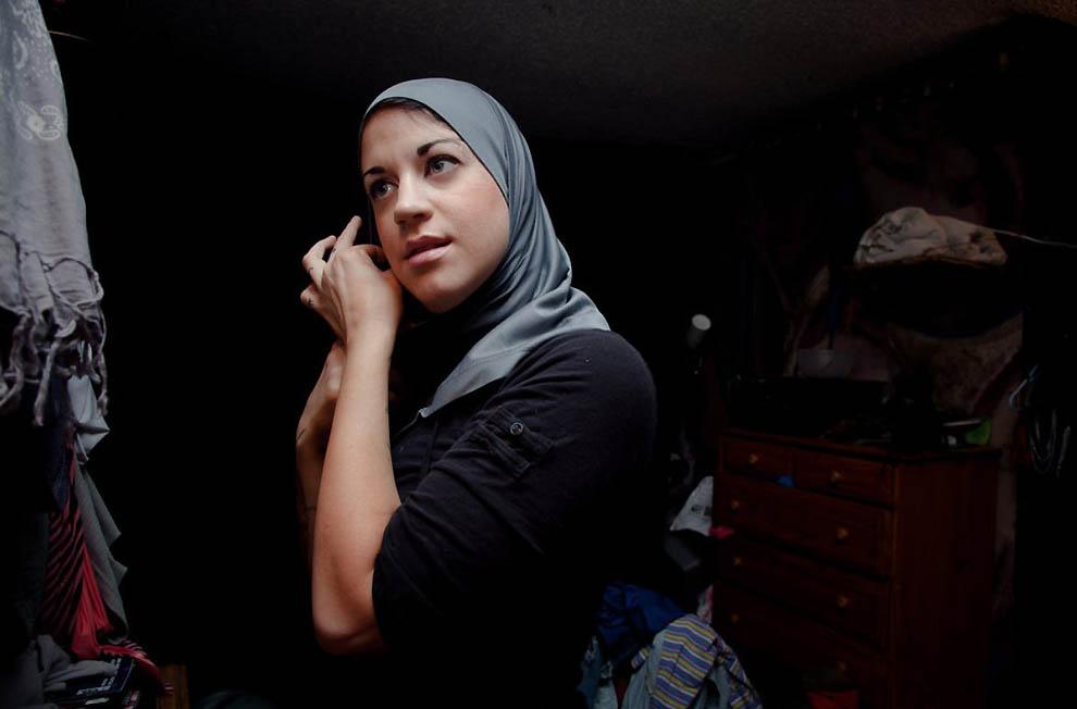21114 Стриптизерша из Газы: Я – харам