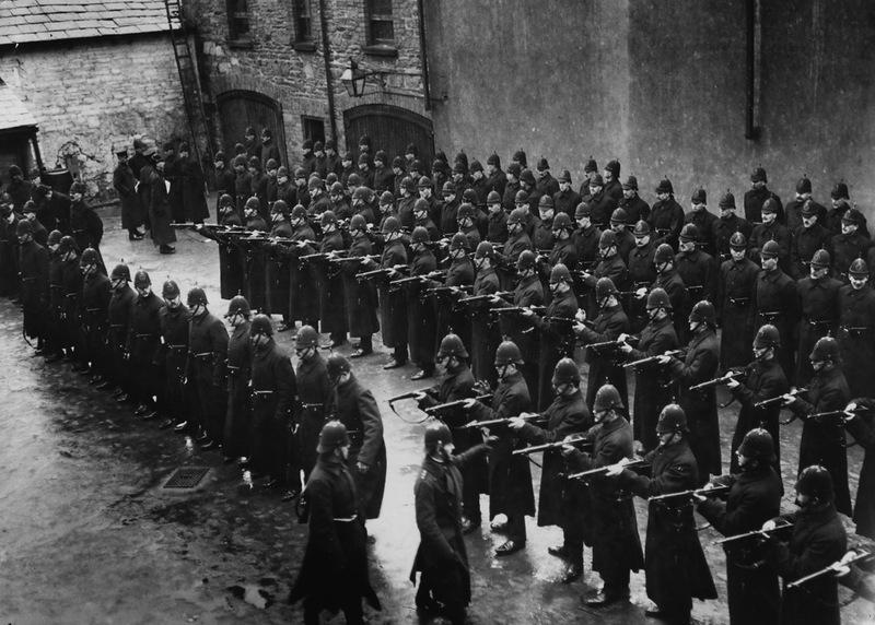 21132 Полицейские, 1890 е   1930 е.