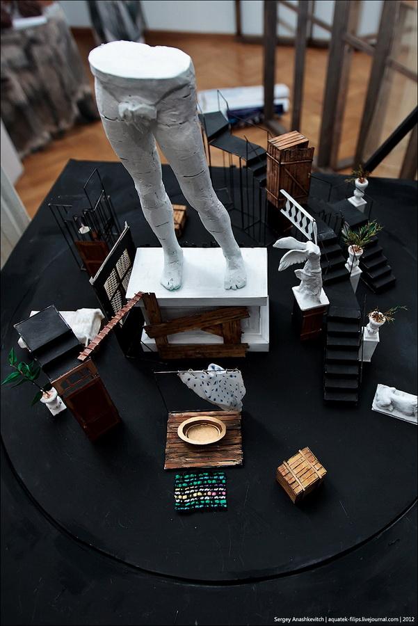 21133 Закулисье или Выставка миниатюрных театральных декораций